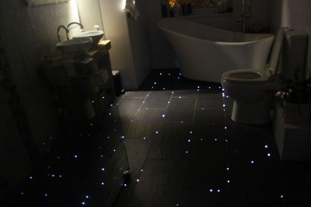 """Як зробити """"зоряну підлогу"""" у ванній кімнаті"""