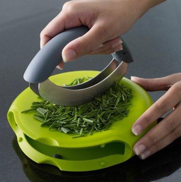 10 дизайнерських рішень для зручної кухні та цікавого приготування їжі