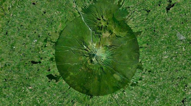 Цікаві супутникові фотографії, які змусять вас поглянути на Землю іншими очима (фото)