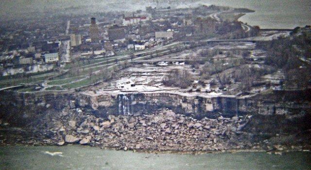 Як було зупинено Ніагарський водоспад