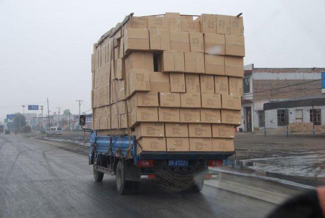 Як виглядають перевантажені транспортні засоби (фото)