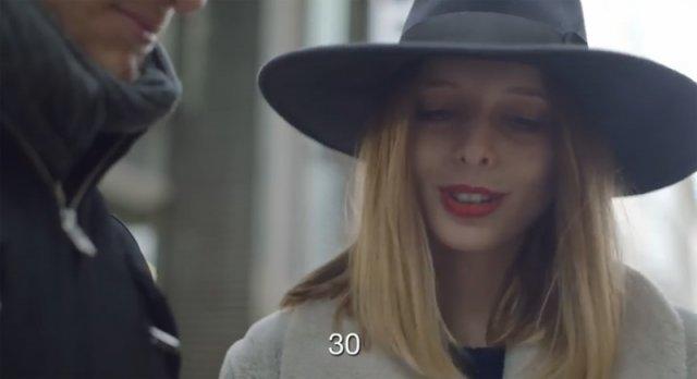 Скільки років жінці? Соціальний експеримент (відео)