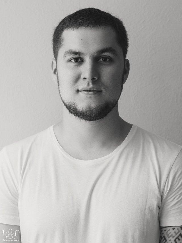 Анвар Азізов - герой проекту «Помішані»