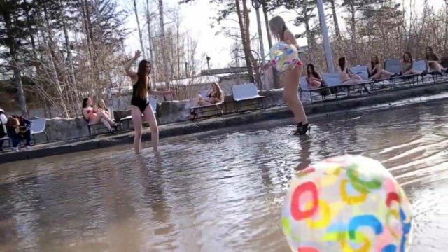 «Брудний» сибірський піар став вірусним (відео)