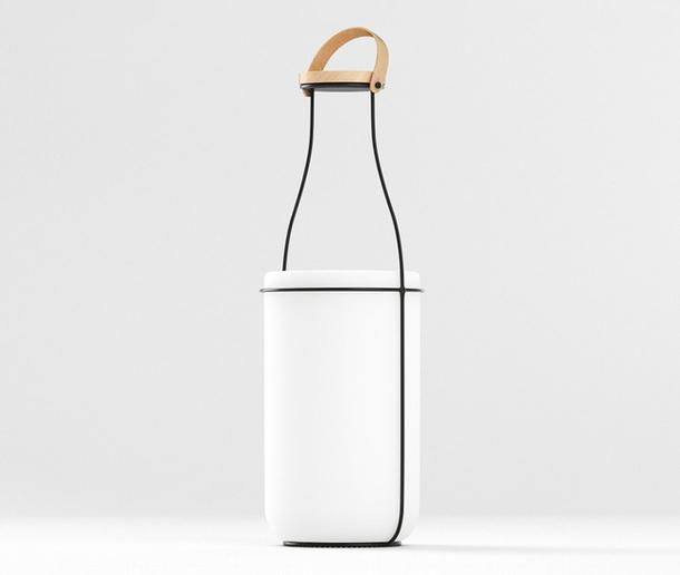 МУ — світильник у вигляді пляшки молока