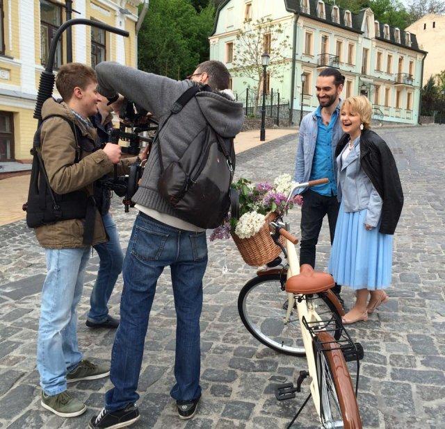 Марія Бурмака поділилася фотографіями зі зйомок кліпу