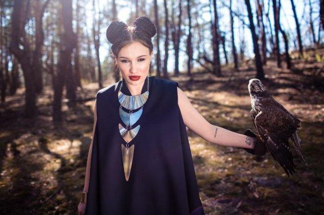 Українська співачка Анастасія Приходько презентує кліп на пісню «Зацелована», яку присвятила коханому чоловікові (відео)