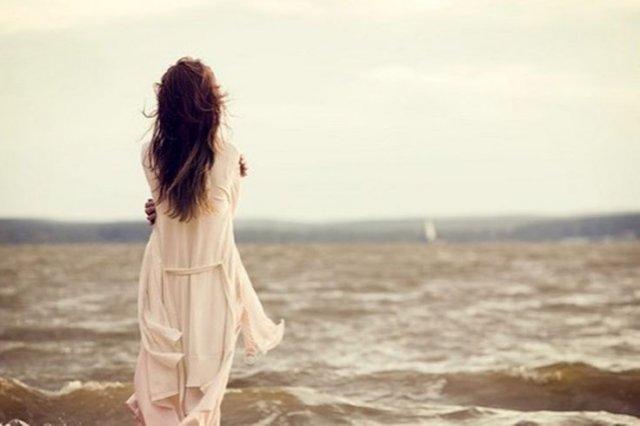 Щодня дивуєшся тому, що найдостойніші з людей - самотні...