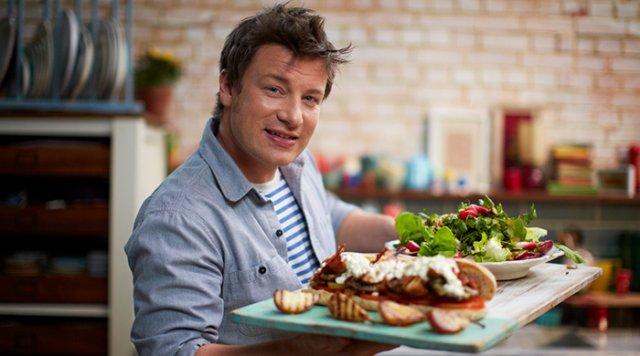 Шеф-кухар Джеймі Олівер, виграв суд у Макдональдса, довівши, що їхня їжа не годиться до споживання