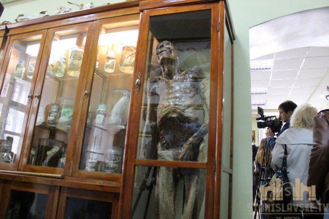У Франківську відкрили Анатомічний музей - муміфіковані тіла, скелети та органи (фото)