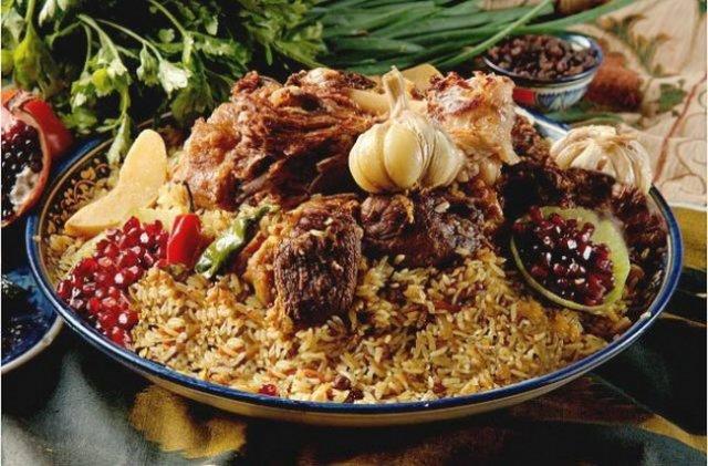 Як приготувати смачний плов? Рецепт знавців східної кухні