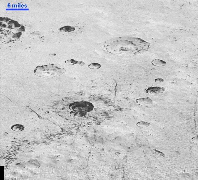 Плутон крупним планом (фото, відео)