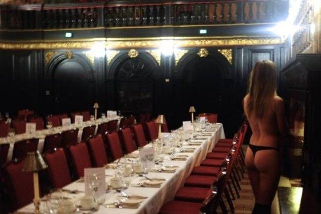 В Кембриджі обрали власників кращих студентських сідниць (фото)