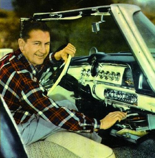 Автомобільні програвачі вінілових платівок (фото)