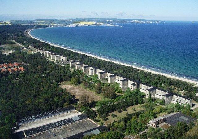 Величезний готель на 20,000 місць, де ніколи не було відпочиваючих (фото)