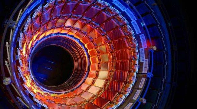 Панорамне відео Великого адронного коллайдера