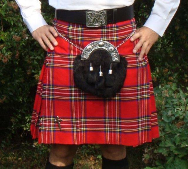 Чому шотландці носять кілти?