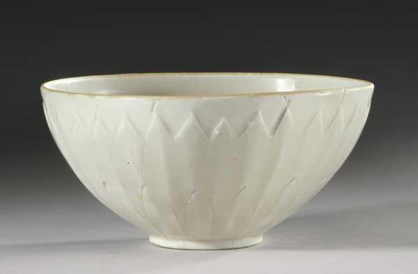 Стара миска за $3 виявилася дорогою чашею династії Сун