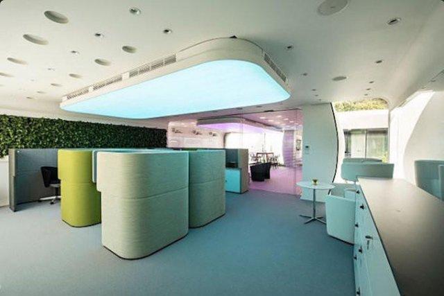 У Дубаї відкрився «Офіс майбутнього», надрукований на 3D принтері