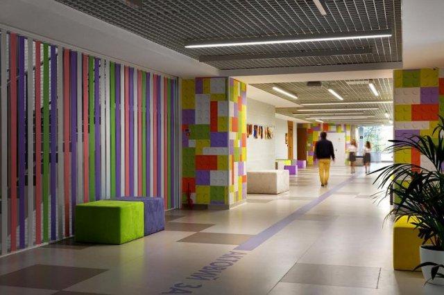 Надихаючий інтер'єр школи в Києві (фото)