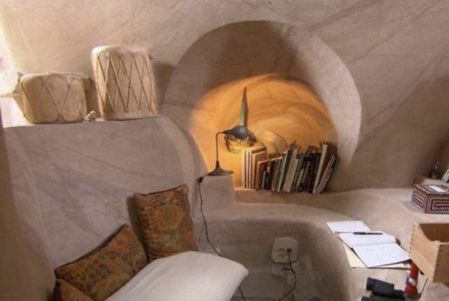 25 років скульптор-самітник створює підземний казковий світ (фото)