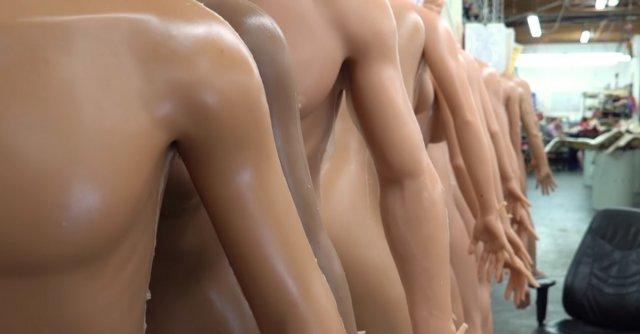 Як робляться секс-ляльки? (відео)