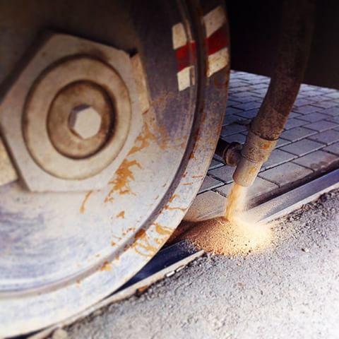 Пісок в трамвайних вагонах (фото)