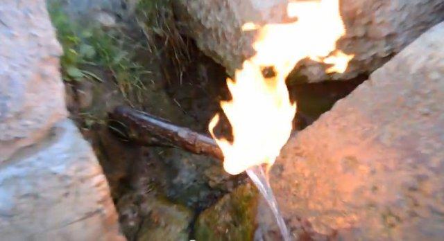 Карпатська вода, яка горить (відео)