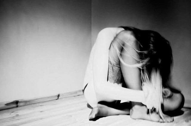 Ви самотні, тому що ви дурепи: причини жіночої самотності на думку чоловіків
