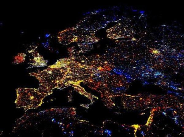 NASA опублікувала захоплюючий нічний знімок Європи з МКС