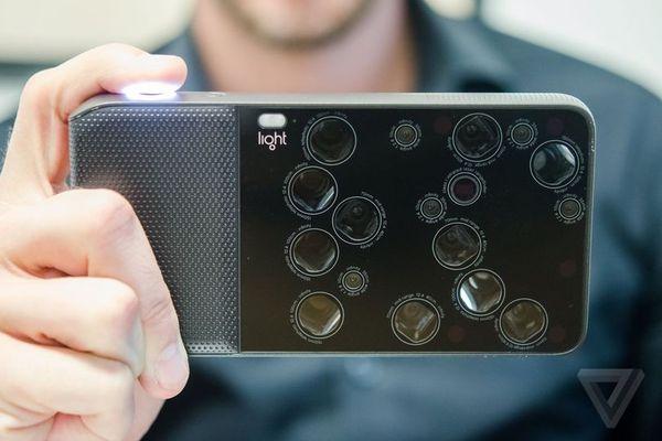 52–х мегапіксельна камера Light L16