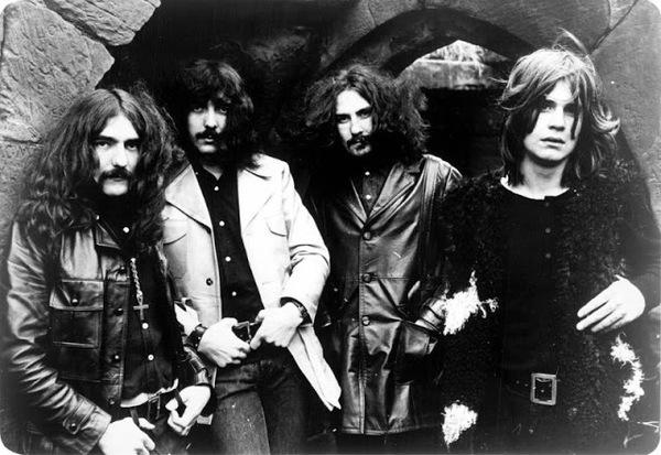 Як виглядали культові рок-колективи на початку кар'єри (фото)