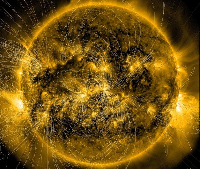 NASA створила відео обертання Сонця навколо осі (відео)