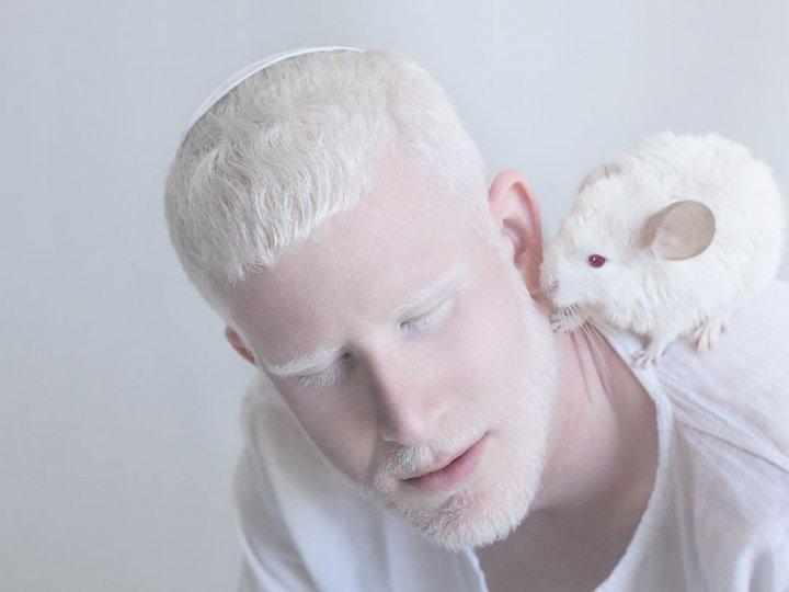 Фотограф з Ізраїлю розкрила неймовірну красу людей-альбіносів (фото)