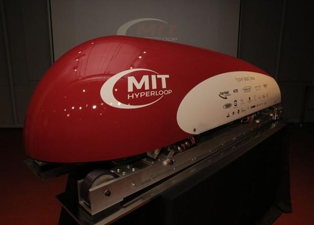 Капсули Hyperloop «прогнали» на тестовій ділянці (відео)