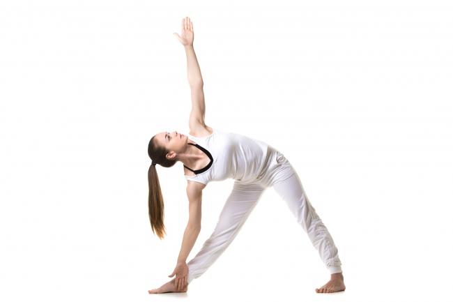 7 ефективних поз йоги для красивих та пружних грудей
