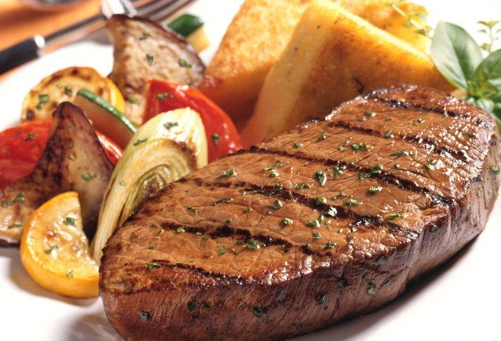 6 корисних порад як правильно смажити м'ясо