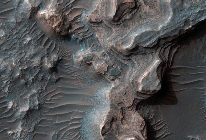 Фінський режисер вручну об'єднав 50 000 фотографій Марса в приголомшливе відео