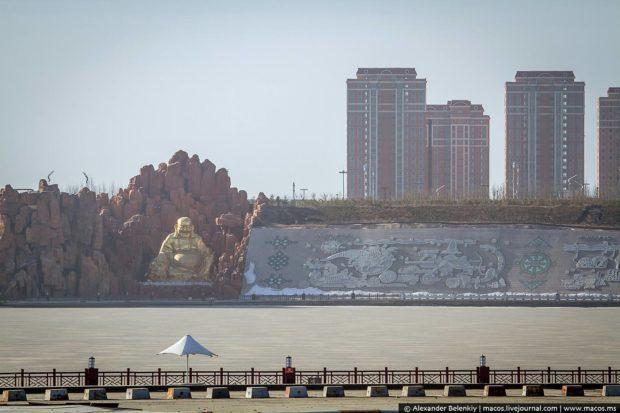 Кангбаші — найбільше в світі місто-привид (фото)