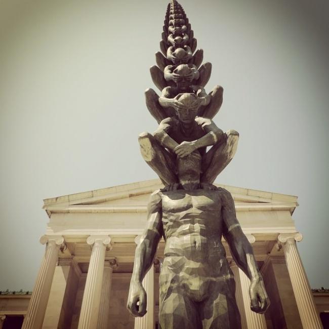 13 скульптур, які ніби порушують закони фізики (фото)