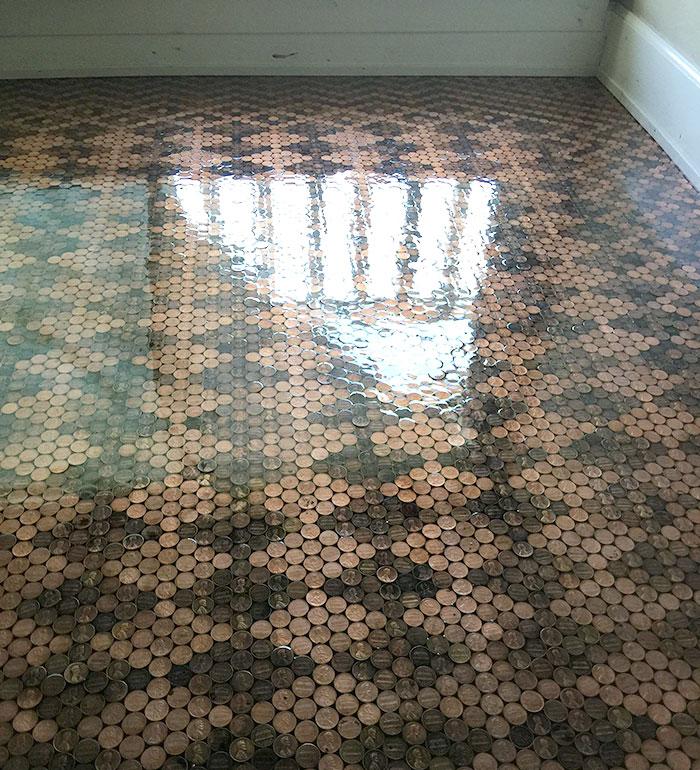 Оригінальна візерунчаста підлога з монет своїми руками (фото)