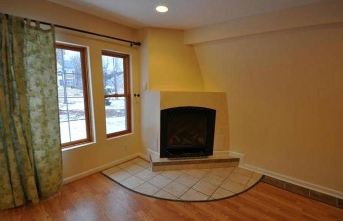 У цього будинку немає зворотної сторони бо господар дуже хотів заощадити на опаленні (фото)