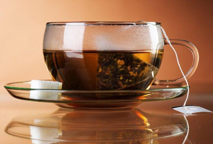 Як почали виготовляти чай в пакетиках?