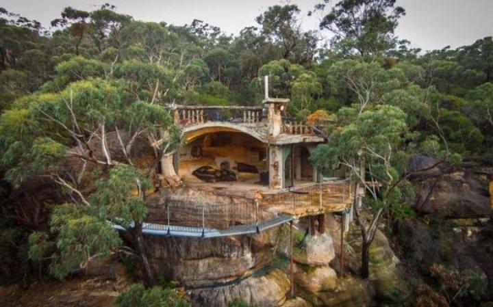 Будинок-печера в Блакитних горах, Австралія (фото)
