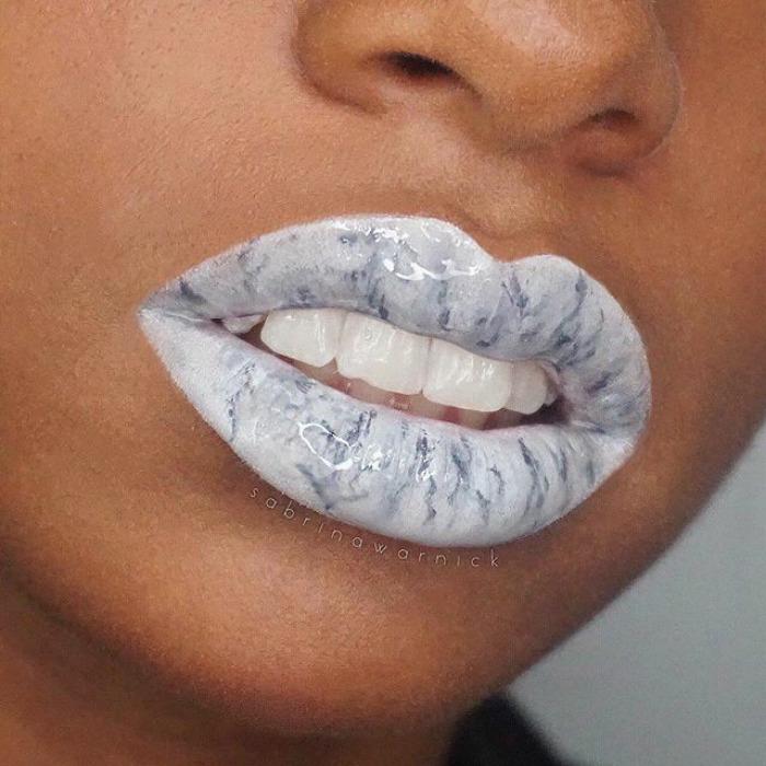 Новий тренд - мармурові губи! Як вам? (фото, відео)
