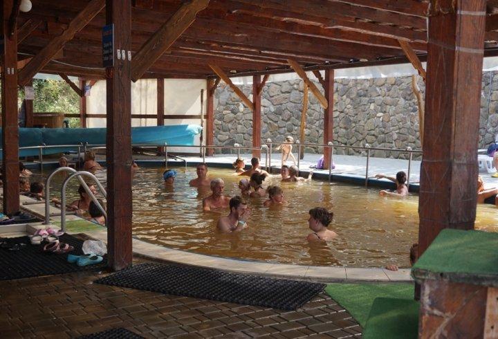 5 курортів з термальними джерелами в Карпатах (фото)