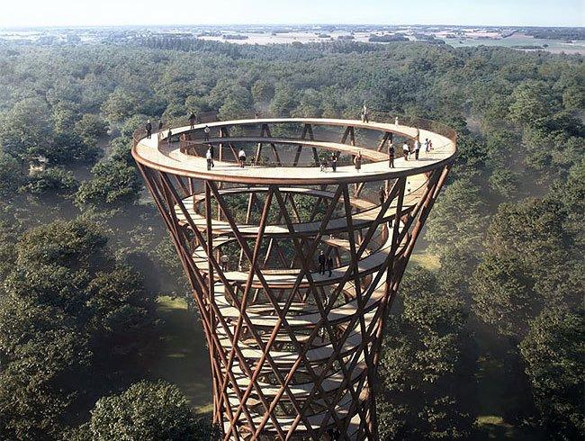 Парк з підвісною доріжкою та оглядовою вежею (фото)