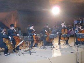 Таємниці загадкових печер Лун'ю (фото)