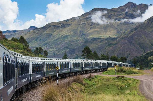 Комфортабельний експрес через перуанські Анди (фото)