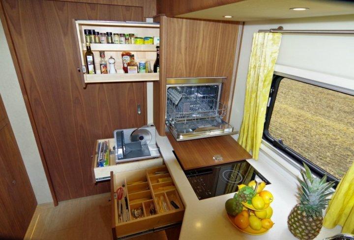 Будиночок на колесах для багатіїв (фото)